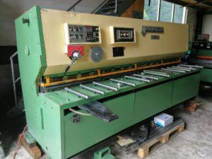 Maschine mit Digitalanzeige vom Hinteranschlag Winkelanschlag und Auflagearme Ersatzmesser